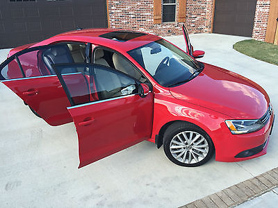 Volkswagen : Jetta SEL 2011 vw jetta sel with sunroof tornado red low miles new lower price