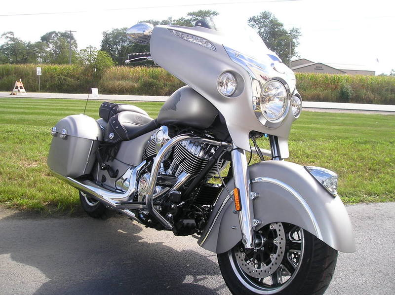 2016 Indian Chieftain Silver Smoke