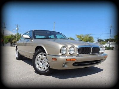 Jaguar : XJ XJ8 CARFAX CERTIFIED, TOPAZ OVER BEIGE, LOW MILES - ABSOLUTELY PERFECT