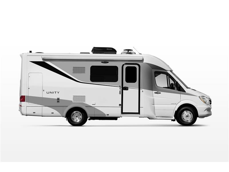 1999 Triple E Leisure Travel Vans Freedom