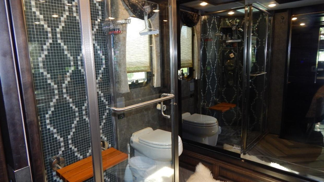 Newmar Essex 4505 Rvs For Sale