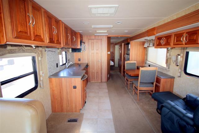 2008 Georgie Boy Cruisemaster 3740