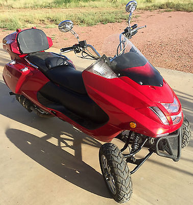 Other Makes : DF300TKB 20 hp leaning reverse trike great condition runs great clear title
