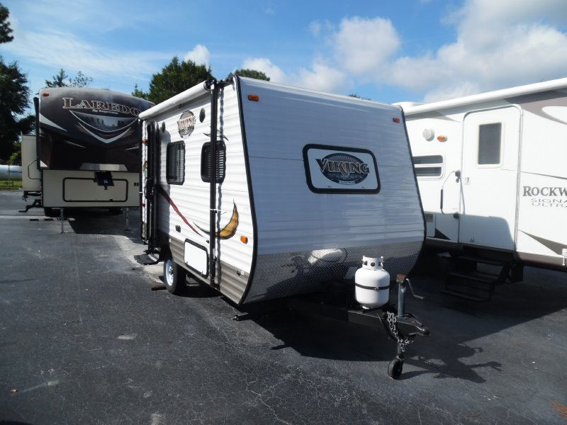 2014 Viking 14R FRONT DINETTE SUPER LITE WEIGHT