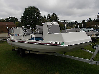 deck boat fiberglass tri hull with trailer