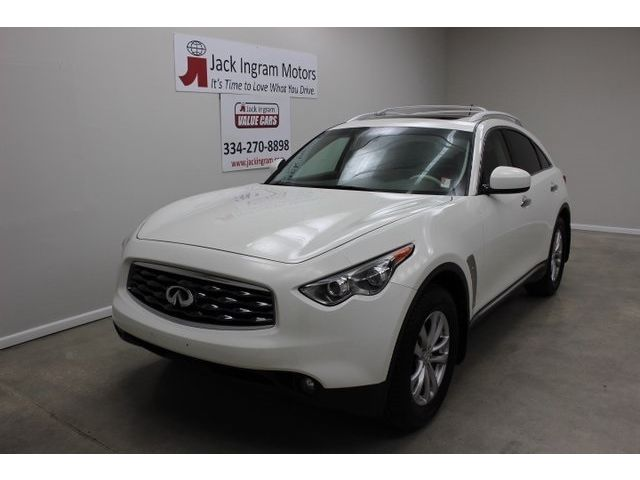Infiniti : FX Base Base SUV 3.5L CD Premium Package 11 Speakers AM/FM radio: XM MP3 decoder Spoiler
