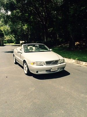 Volvo : C70 Base Convertible 2-Door 2001 volvo c 70 silver tan convertible