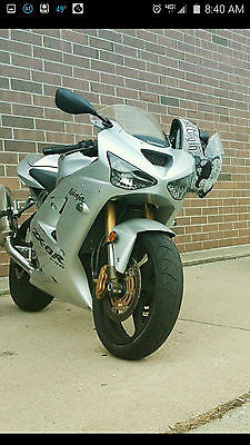 Kawasaki : Ninja NICE 2004 KAWASAKI ZX636 ( or ZX6R ) with only 3,500 miles ! ALL STILL FACTORY !