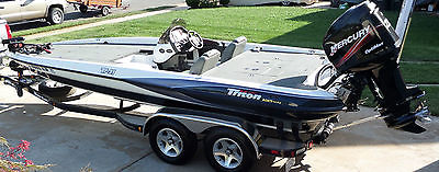 2003 Triton TR-21 Bass Fishing Boat *Priced to Move*