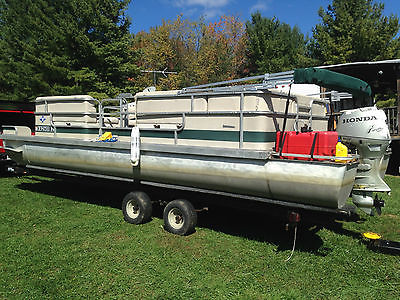 1985 Landau Biscayne 24 with trailer and 50 hp Honda outboard