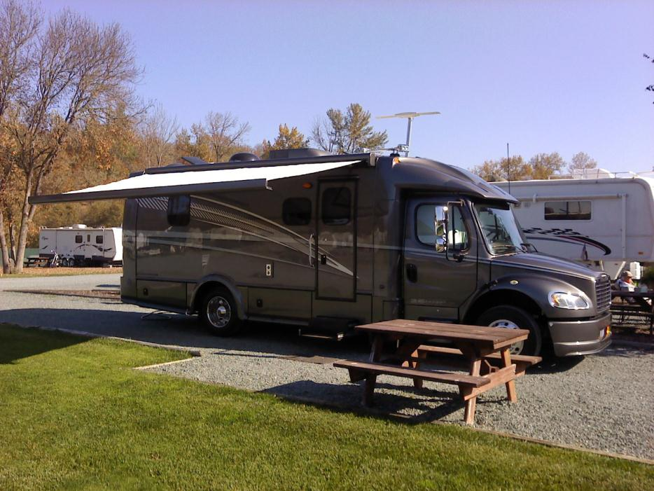 Dynamax Dynaquest St 264 rvs for sale