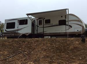 2013 Enterra 314 RES Travel Trailer with 3 Slides by Cruiser RV