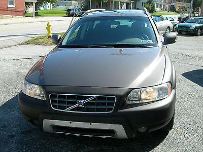 Volvo : XC70 Cross Country 2007 volvo xc 70 base wagon 4 door 2.5 l