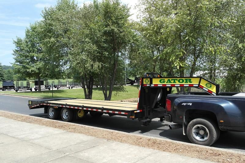 Hotshot gooseneck trailer from 20 to 45ft  **AVAILABLE**  Factory Dire
