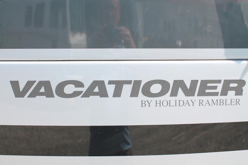 2005 Holiday Rambler Vacationer 36DB