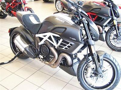 Ducati : Other Ducati Diavel AMG Special Edition In Collaboration With Mercedes 2013 #0352