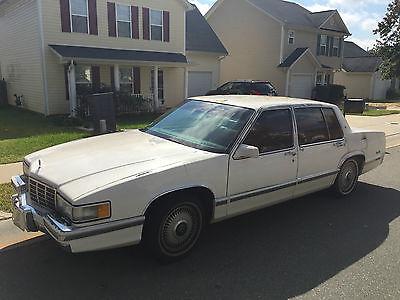 Cadillac : DeVille Touring Sedan 4-Door 1992 cadillac deville touring sedan 4 door 4.9 l