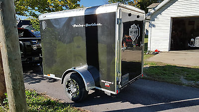 Harley Hauler 5x8 Black v-nose ramp door Diamond Plate inside & out LED lites