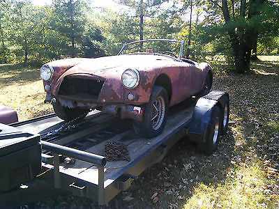 MG : MGA Roadster MGA 1959 with Many Parts