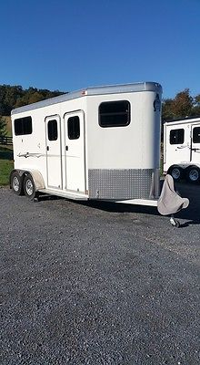 2014 Adams Ju-lite 710A-DR Straight load 2 Horse Bumper pull with dressing room