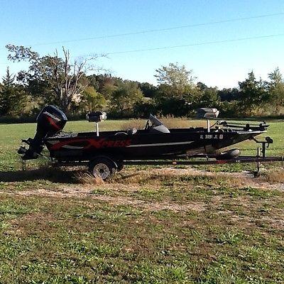 2000 X-Press X51 Bass Boat,90hp Mercury 2-stroke fuel inj. motor & trailer-17ft