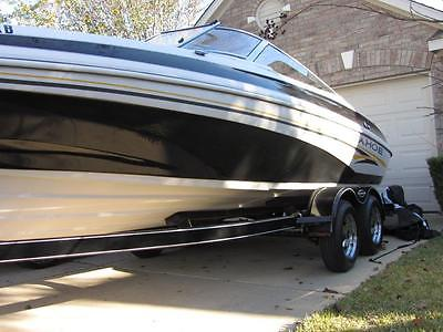 **2004 TAHOE Q7 SERIES SKI & FISHING BOAT** PRICE REDUCED TO SELL