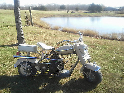 Cushman : Husky 1959 cushman scooter christmas holiday special pricing