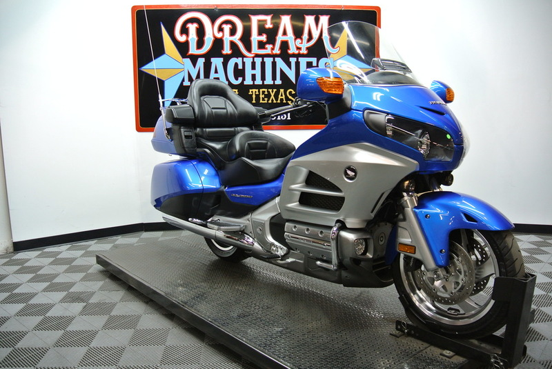 Honda : Gold Wing 2012 GL1800HPMC Gold Wing $17,500 Book Value* Ship 2012 honda gold wing gl 1800 hpmc 17 500 book value we ship finance bikes