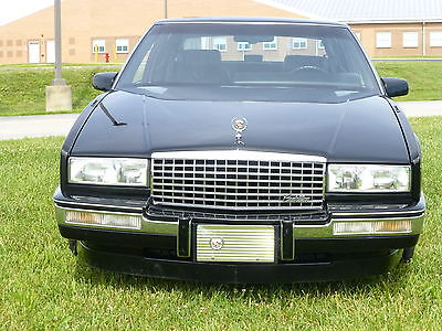 Cadillac : Eldorado luxury 1989 cadillac eldorado black on black sun roof lady owned
