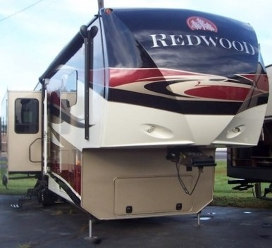2013 Crossroads Rv Hill Country HCT32RL