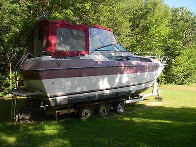 century cuddy cabin boats for sale rh smartmarineguide com 1985 Century Boat 23 Foot 1985 Century Meridian Boat