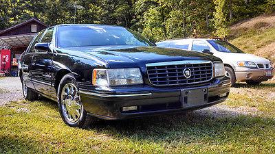Cadillac : DeVille Concours Sedan 4-Door 1999 cadillac deville concours sedan 4 door 4.6 l