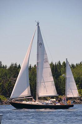 Hinckley Bermuda 40 Sailboat