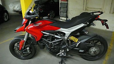 Ducati : Hypermotard 2013 ducati hyperstrada 3500 miles