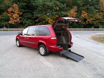 Dodge : Grand Caravan Sport Mini 4-Passenger 5-Door Pwr Rear-Entry 2002 dodge gr caravan sport rear entry handicap wheelchair van clear carfax