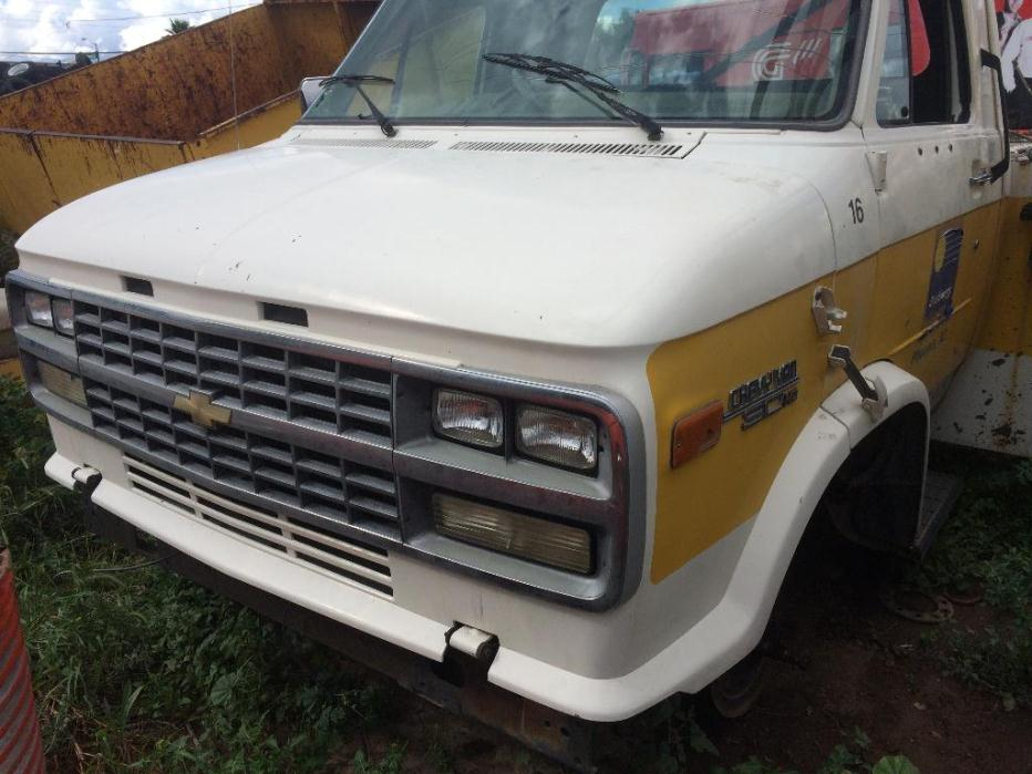 1996 Chevrolet Chevy Van 30hd