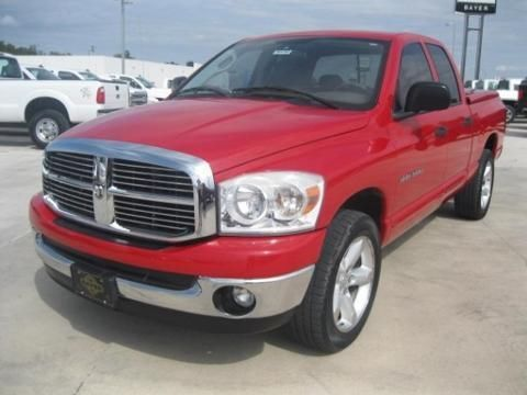 2007 DODGE RAM 1500 4 DOOR CREW CAB TRUCK