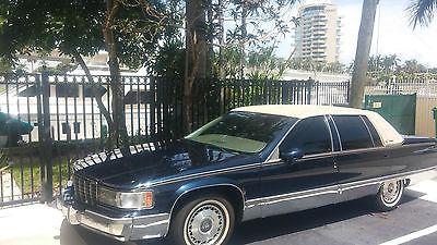 Cadillac : Fleetwood 4 door 1993 cadillac fleetwood low miles