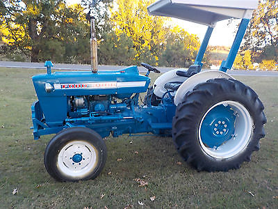Ford 3000,  Tractor