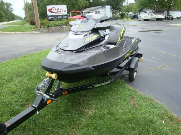 2015 Sea-Doo GTX Limited 215