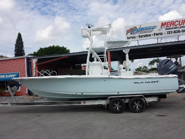 Sea Hunt 24 Bx >> Sea Hunt Bx 24 Br Tower Boats For Sale