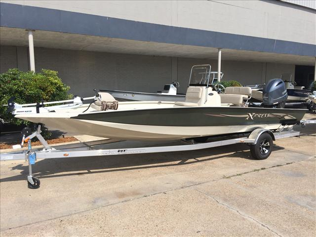 Xpress h22 bay boats for sale for Boat lift motors near me