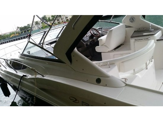 2008 Regal 3360 express cruiser