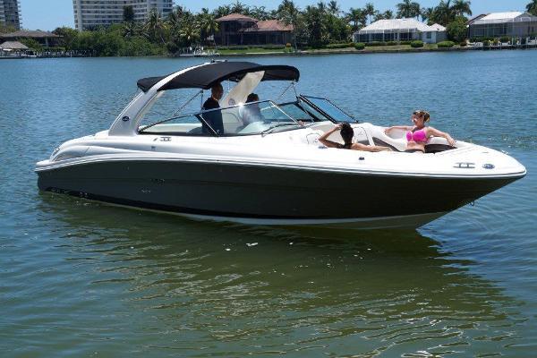 2005 Sea Ray 290 SLX Bowrider