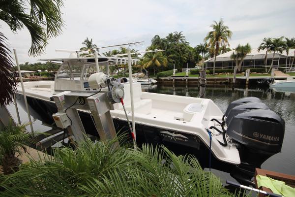 Invincible boats for sale in north miami florida for Yamaha north miami