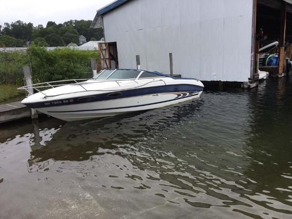 Sea Ray 230 Overnighter boats for sale in New Hampshire
