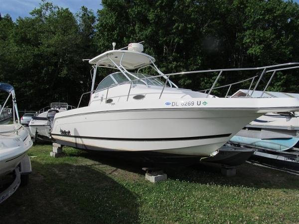 1999 Wellcraft 270 Coastal