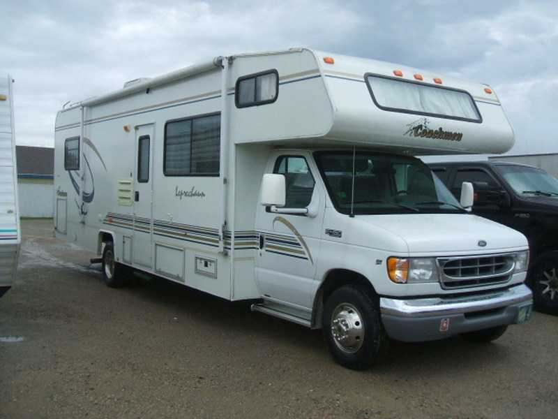 2000 Coachmen LEPRECHAUN 305MB