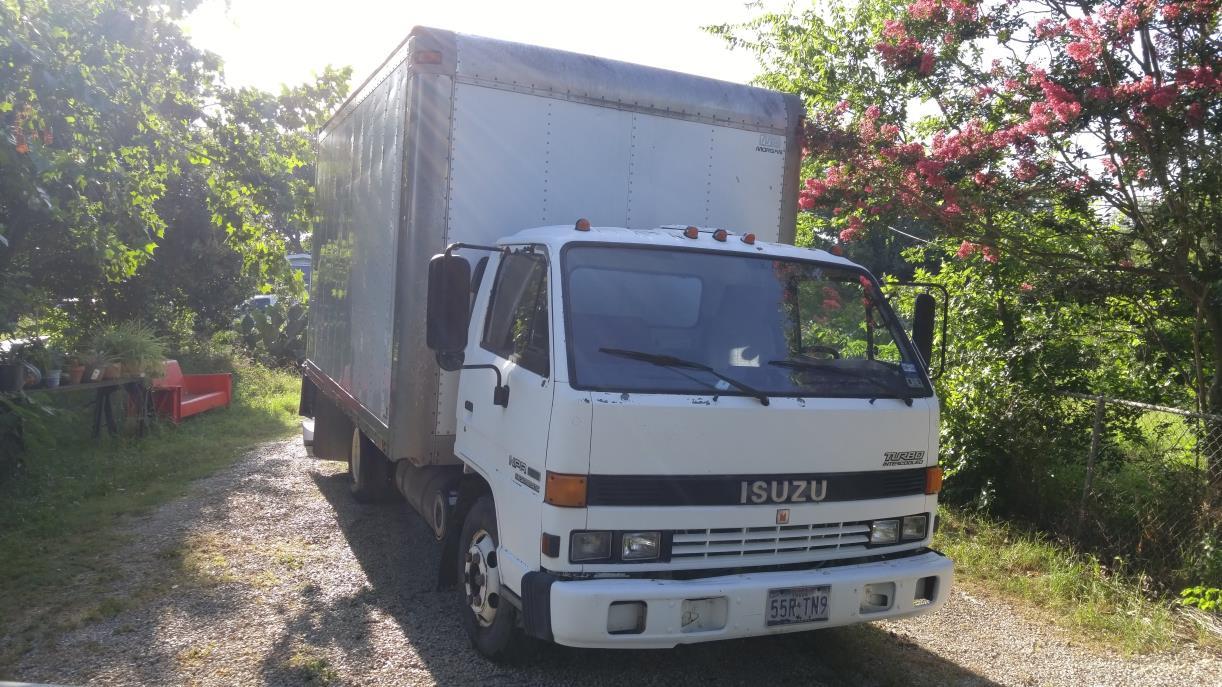 1993 Isuzu Ecomax  Box Truck - Straight Truck