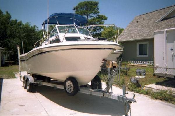 1983 Grady-White 22 Seafarer